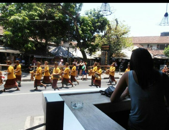 This was taken on my very first time in Bali. While drinking my very first $3.50AUD cocktail, the streets were filled with people for about 30 minutes in a parade x